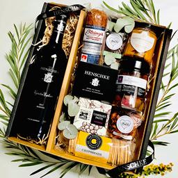 Gifting - Barossa Produce Box and 2017 Keyneton Euphonium